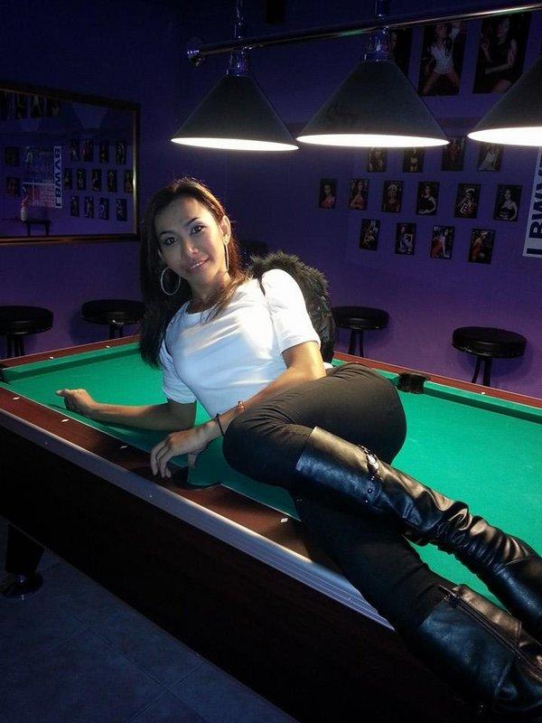 Check In Bar Ladyboys