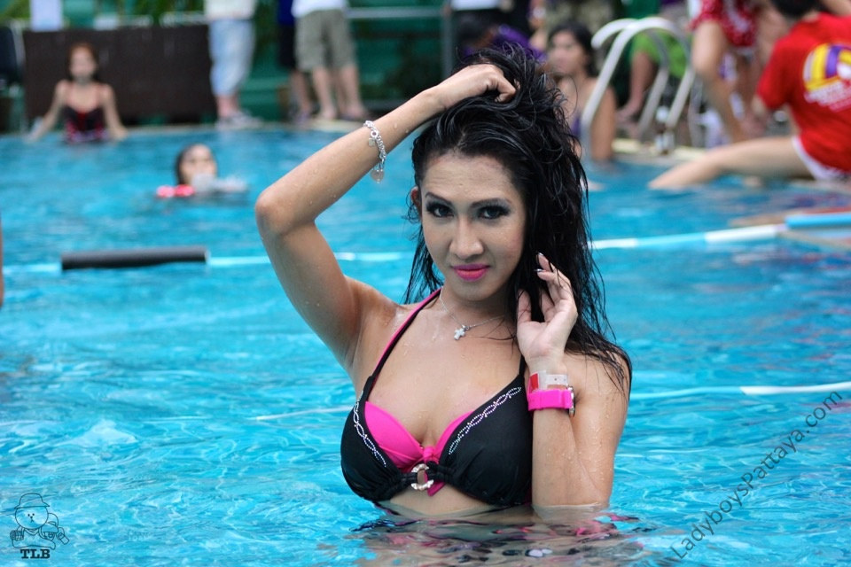 Ladyboy Water Volleyball 2014
