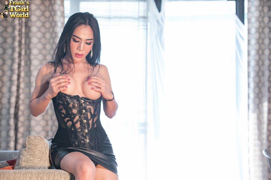 Ladyboy Mo Bangkok Hottie