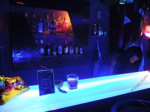 The-House-Ladyboy-Bar-Pattaya-8