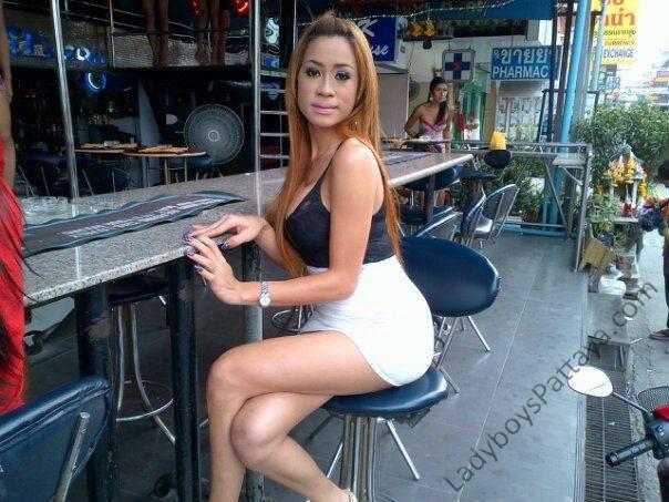 ladyboy pookswan bar pattaya thailand