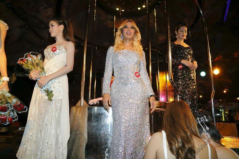 Cacades Ladyboy Bar Bangkok Thailand Miss Cascades Contest