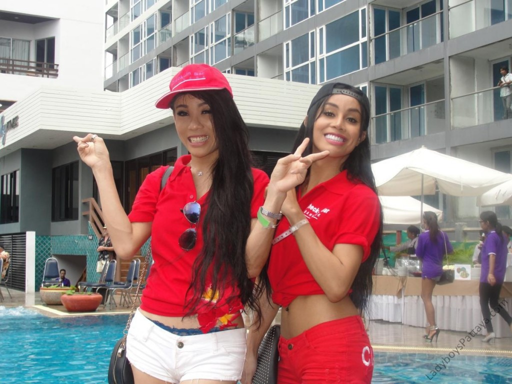 Ladyboy Water Volleyball Event 2014